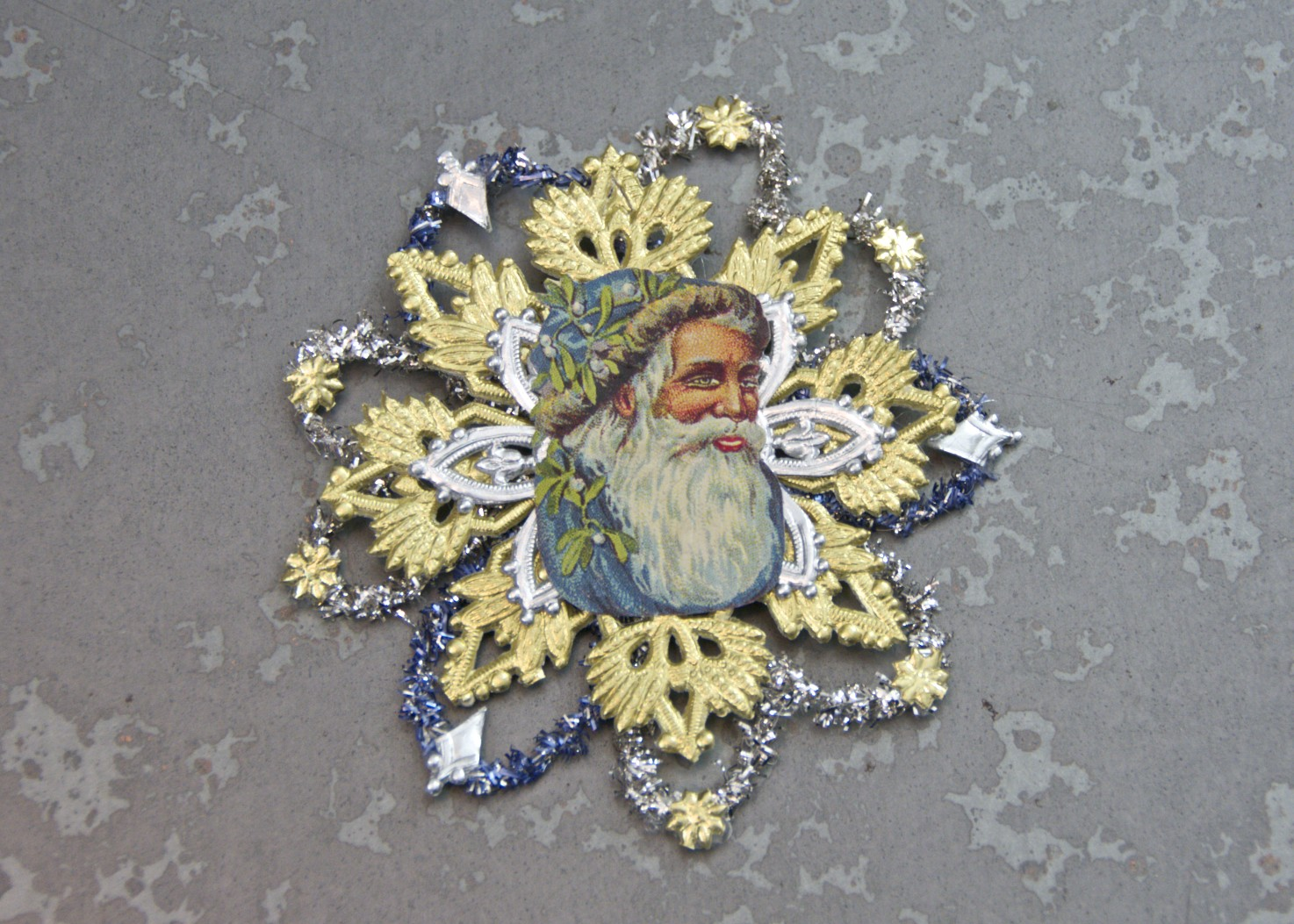 Homemade Christmas Ornaments - Victorian Paper and Tinsel ...